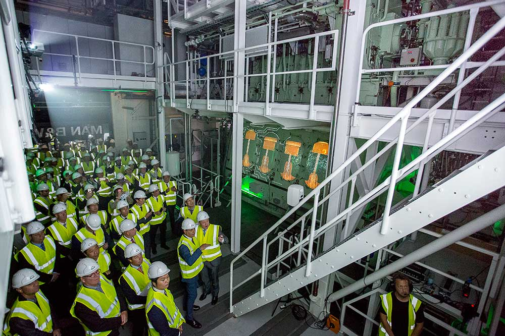Copenhagen Research Centre hosts ceremony with first orders for new ME-LGIP (–Liquid Gas Injection Propane) engine already landed