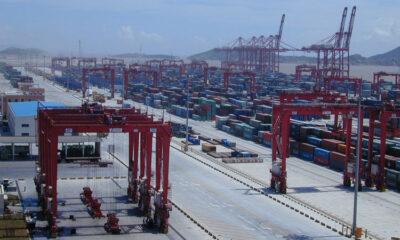 Shanghai International Port Witnesses Container throughput Surge