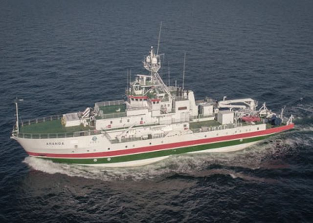 Renovated marine research vessel Aranda embarks immediately on a research cruise