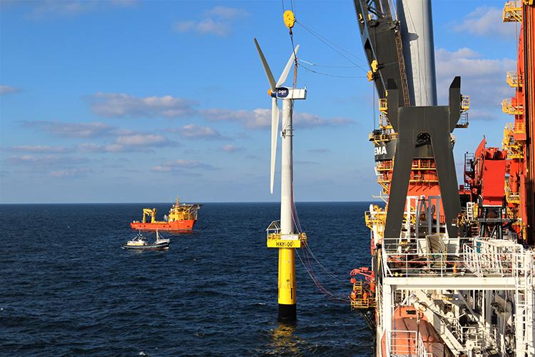 Heerema's DP3 Vessel Aegir Installs First Offshore Wind Turbine 10