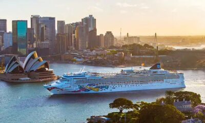 Norwegian Jewel Will Arrive to Sydney After Bow-To-Stern Renovation 23