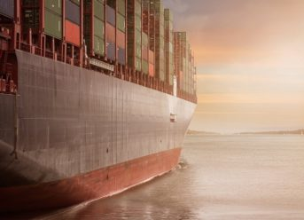 Drewry: East-West Contract Rates Help Reduce Shippers' Costs 4