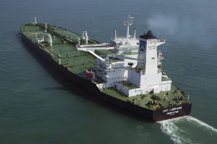 DHT Holdings Extends Charters for Two VLCCs to Be Fitted with Scrubbers 5