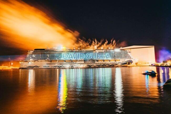 World's First LNG Powered Cruise Ship AIDAnova Officially Named 1