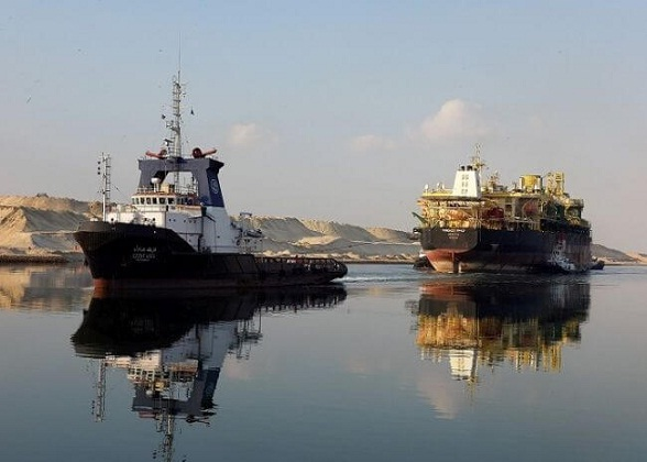 Photos: Suez Canal Experienced One Of The Hardest Passage Of Reared Towed Offshore Support Vessel 1