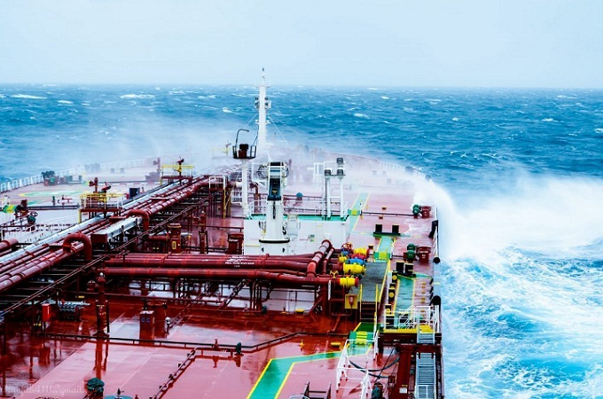 FSL Looking to Order LR2 Tanker Duo in China 1