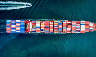 Seaspan's Unencumbered Vessel Pool Increased to 32 Ships 1