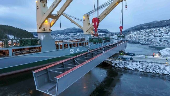SAL Heavy Lift Delivers Bridge Sections From China To Norway 1