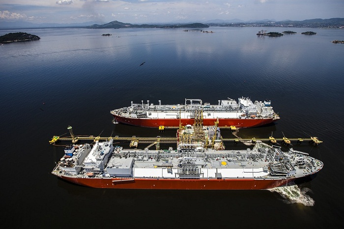 Excelerate, Equinor Conduct 1st STS LNG Transfer in The Bahamas 5