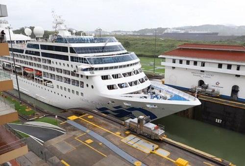 Panama Canal Closes Cruise Season With TheTransit Of Pacific Princess 1