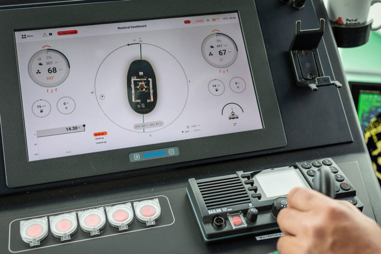Damen Wins UX Design Award For Human Machine Interface For Tugs 2