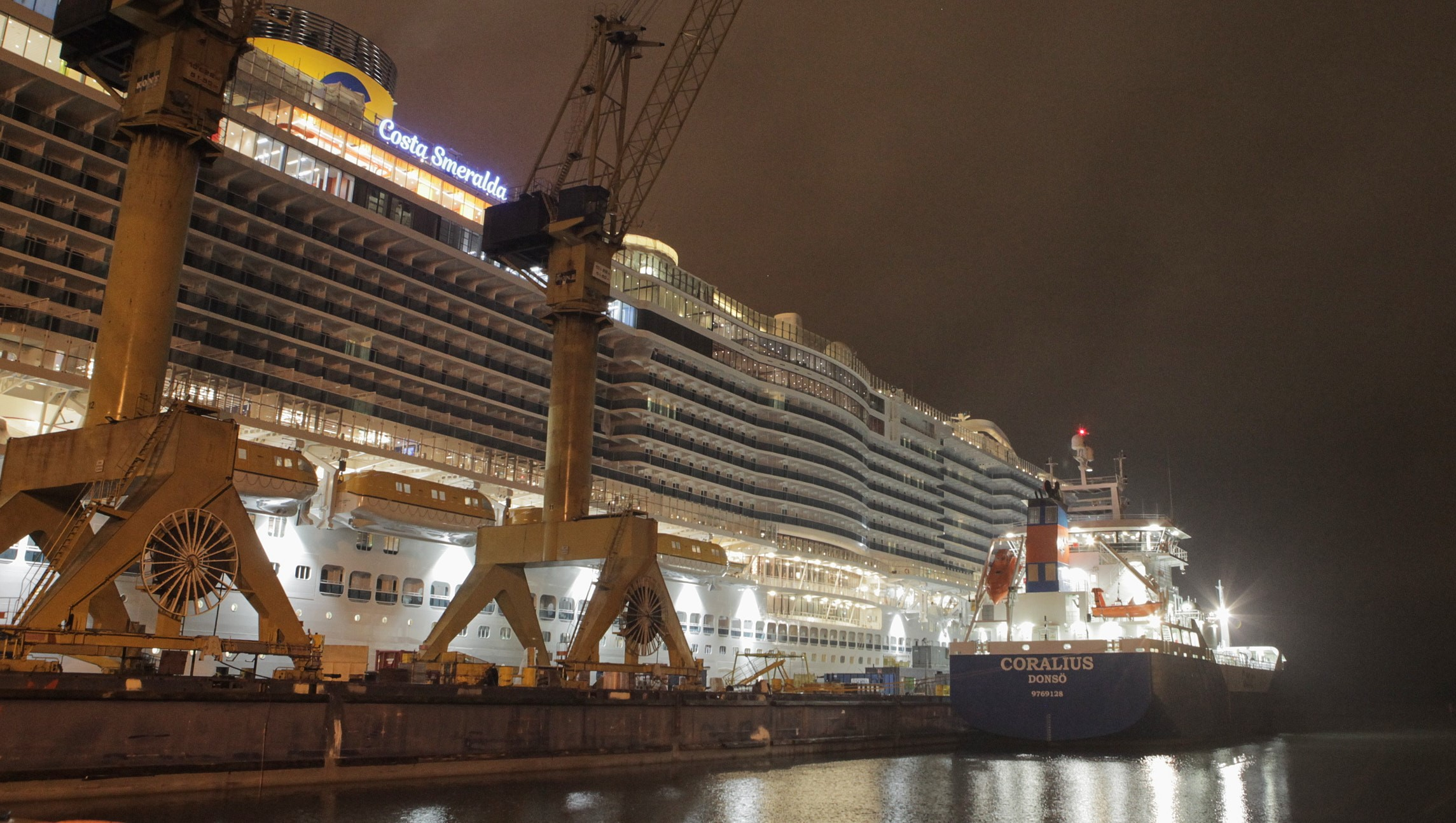 Gasum Conducts First Ship-To-Ship LNG Bunkering To Cruise Ship 5