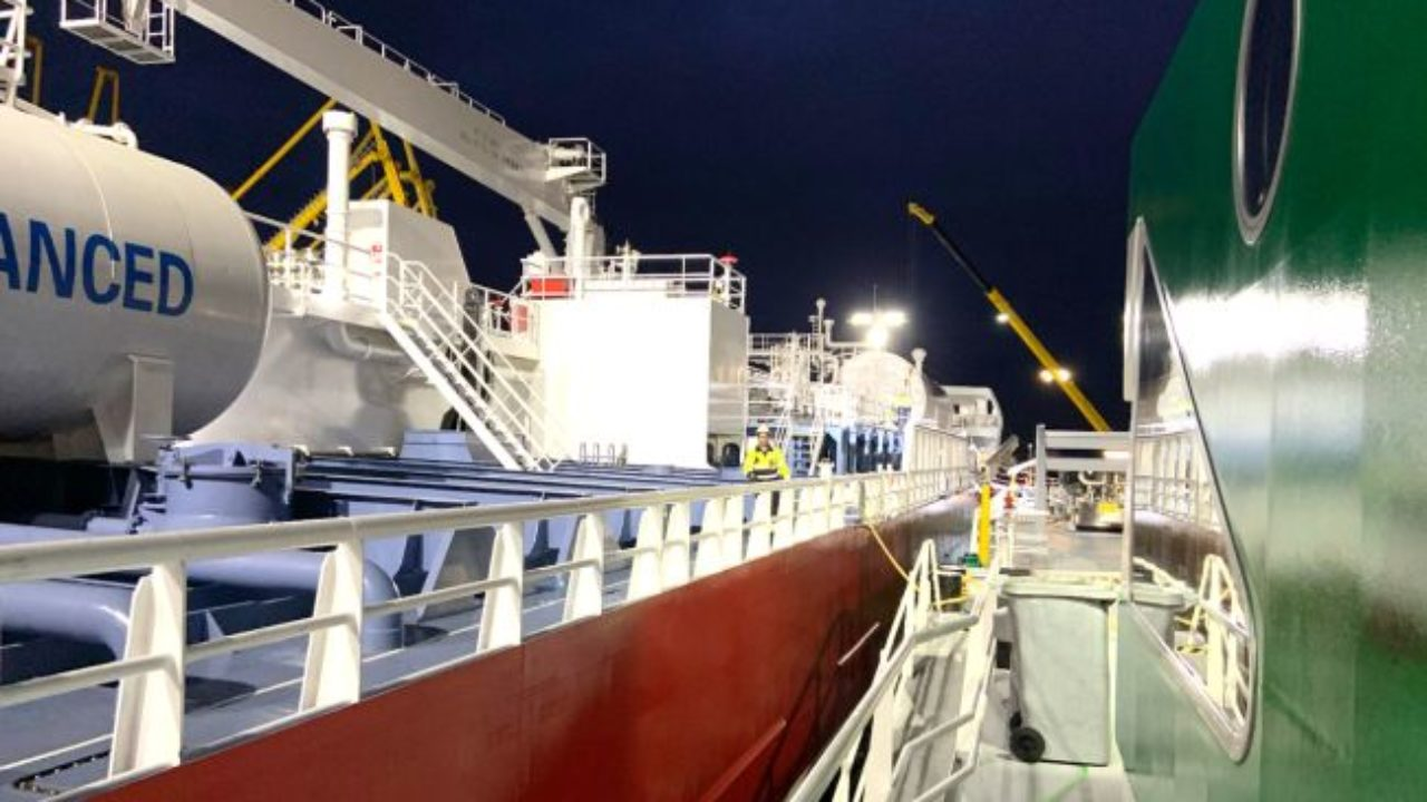 First LNG Bunkering Delivered Concurrent Cargo Operations In Port of Amsterdam 5