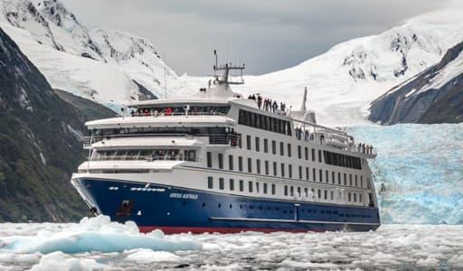 Patagonia Cruises Pic courtesy:https://www.australis.com/