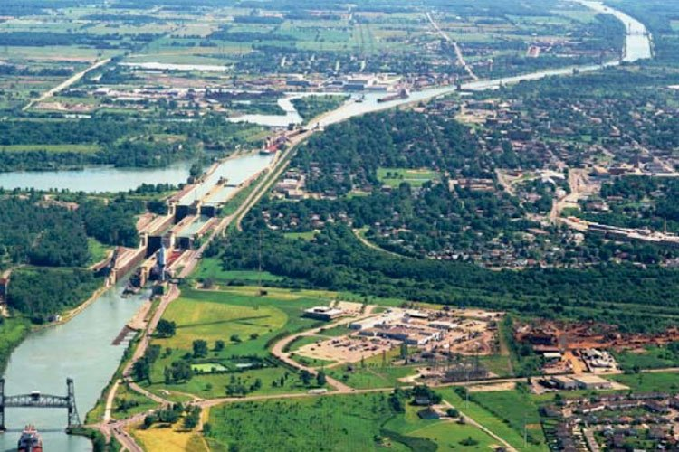 St. Lawrence Seaway: A Vital Waterway For Canada & USA